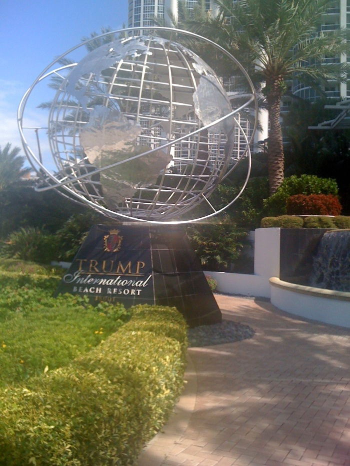 This is the first thing you see when arriving. The Trump International Globe.