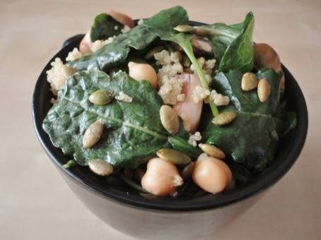 Baby Kale with Chickpeas, and Quinoa